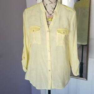🌻B2G1FREE🌼Yellow blouse